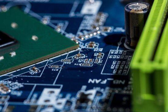 解决电压跟随器振荡问题