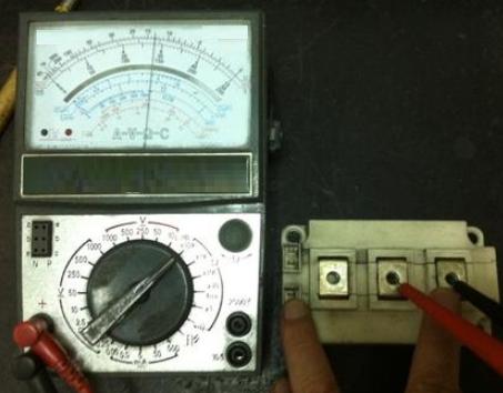万用表检测及压敏电阻替换