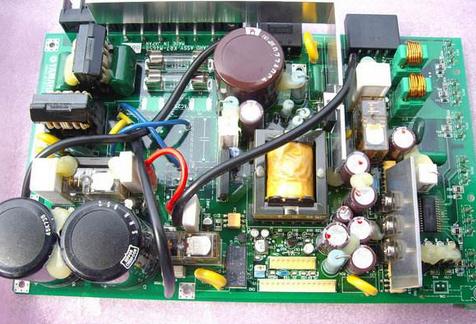 潮湿和电压不稳的电路板故障分析处理方法