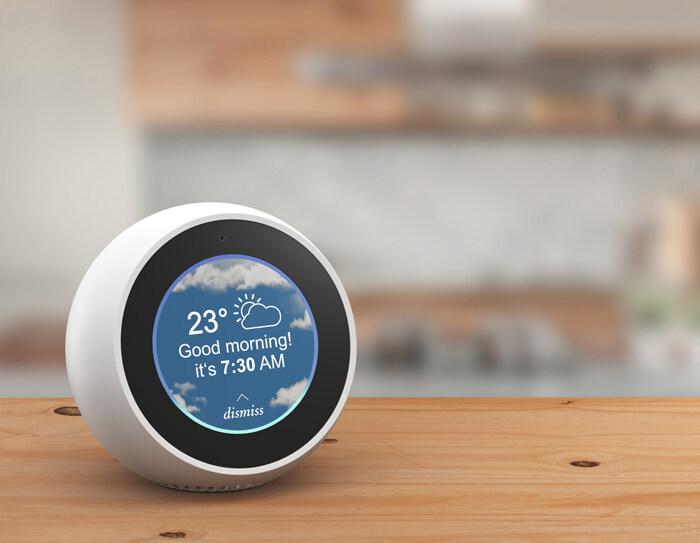 典型的卧室闹钟式智能音箱为旧式应用添加新元素.jpg